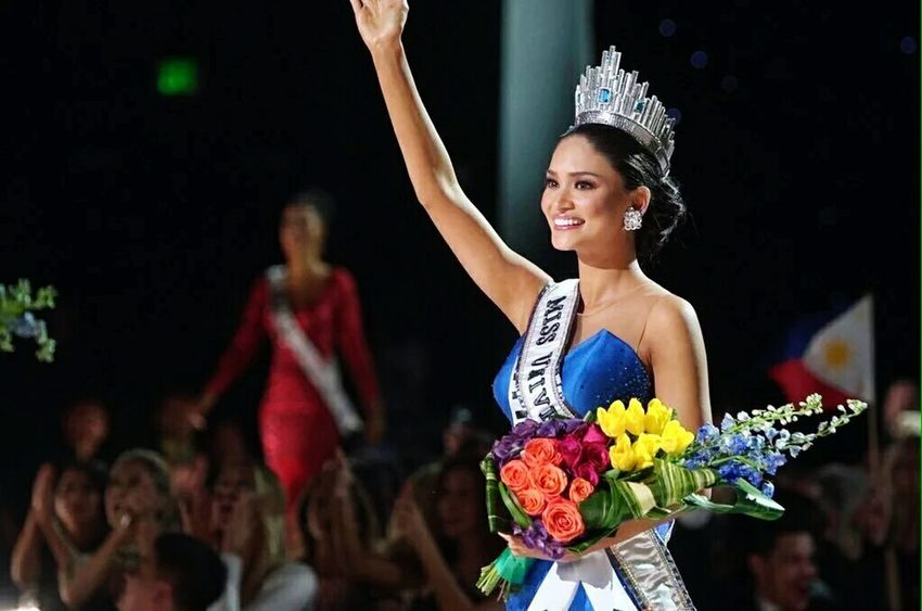 Pia Wurtzbach Missuniverse2015 Ready! End Of Story Because This Is How The Deserving Do It. Philippines CONGRATS🎉🎈🎈🎉🎉