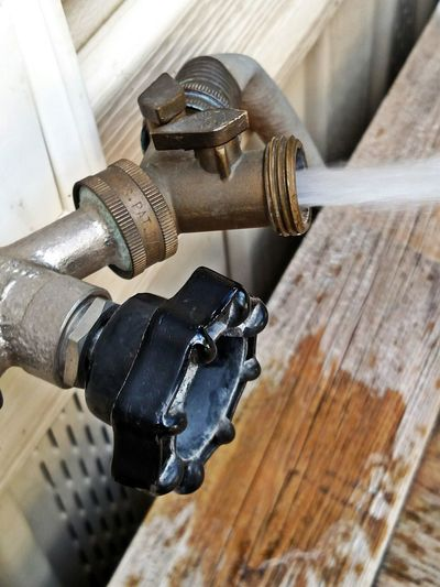 Pipes Hose Fittings Valves Spigot Water Faucet Water Splash Spraying Water Signs Of Summer Time To Wash The Car