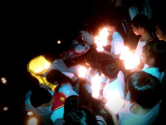 Thả đèn trung thu 2015 Giáo Xứ Núi Tượng Trung Thu Sơn Hòa Vọng đông An Giang