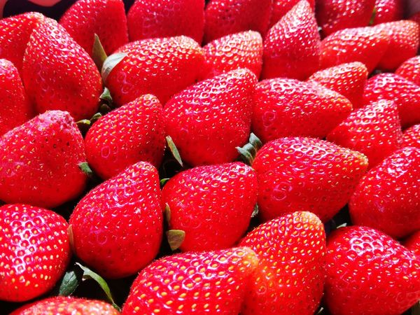 Fruit Red Backgrounds Full Frame Market For Sale Retail  Close-up Sweet Food Food And Drink