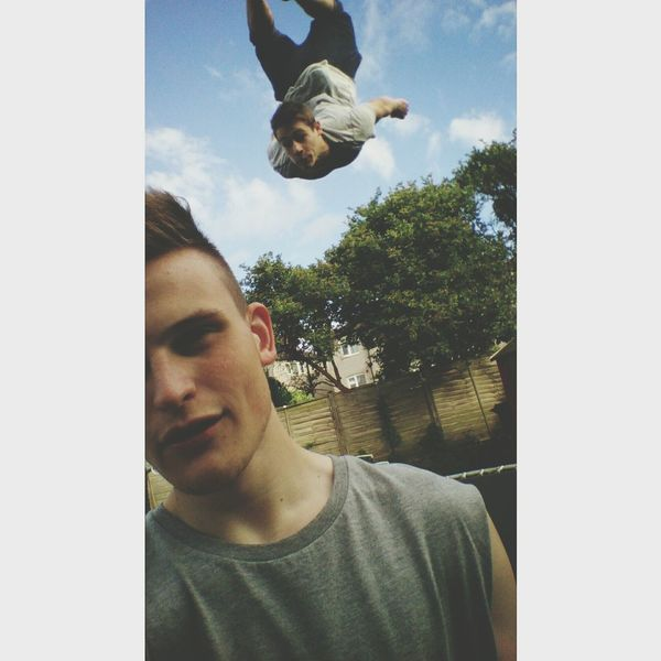 Falling from the sky. Friend Amazing Photo Selfie Yorkshire First Eyeem Photo