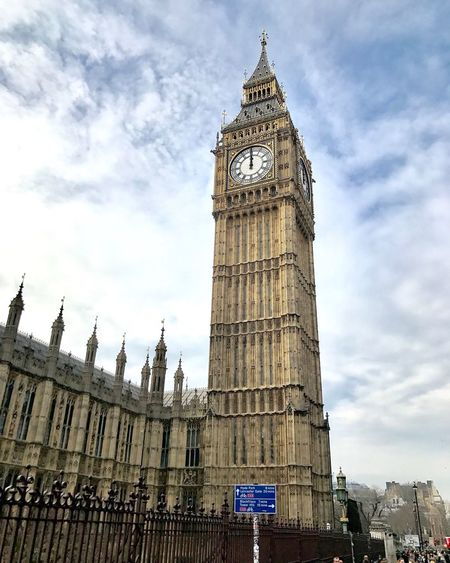 Clock Tower Travel Destinations Tower Sky Architecture Cloud - Sky Built Structure Day Tourism Travel Clock City Big Ben England Awesome Bestoftheday Photooftheday Awesomness Amazing Nikon Clouds Your Ticket To Europe
