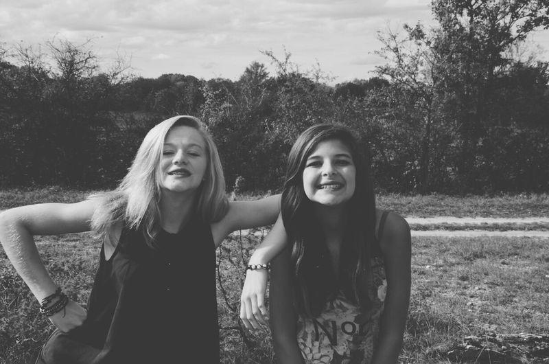 Friends Lovelovelove Monochrome Blackandwhite