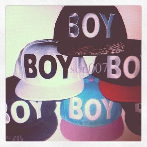 Guys where can i buy this BOY CAP.. comment me back kung sinong may alam BawalPumapaepal Canvassing OnlineShopLifting