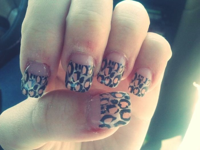 my nailllssss (: Fashion Nails Animalprint Love My Nails :*  Cute Leapord And Pink Nails!