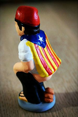 Caganer (typical Christmas element in Catalonia) with Catalonia independence flag. Caganer Typical Christmas Element Catalonia Christmas Time Christmas Is Coming Christmas Spirit Eyeem Christmas Eyeem Christmas Collection EyeEm Christmas Photography Independence Flag EyeEm Gallery EyeEm Best Edits EyeEm Pictures EyeEm Best Shots EyeEm Best Pics Eyeem Picture EyeEm Pics Eyeem Photography Eyeem Photo EyeEm Best Photography Eyeem Best Pictures Eyeem Best Picture