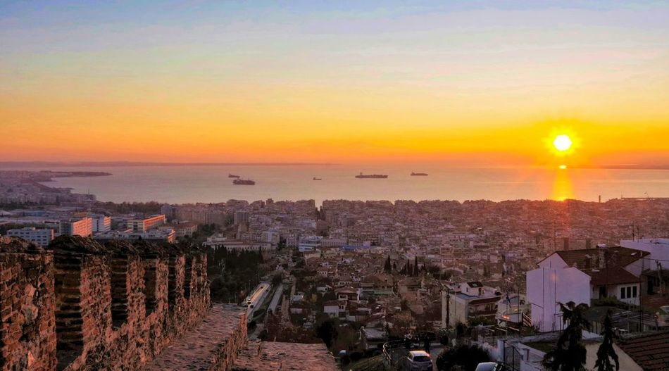 Cityscape Sunset_collection Thessaloniki Travel Travel Photography Traveling Travelling Trigonion Tower Trigoniou Tower City City Sunset Cityscape High Angle View Scenics Sky Sun Sunset Sunsets Thessaloniki Greece Tower Travel Destination Travel Destinations