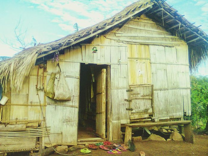 My home sweet home in Bukidnon. My Home Home Eyeem Philippines Bukidnon House Indigenous Design Indigenous  Life