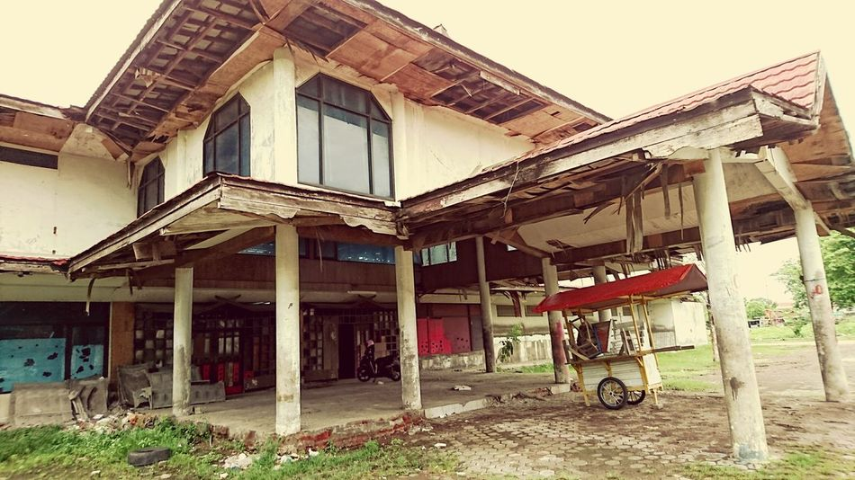 XperiaZ5 Surabaya City Abandoned Buildings Abandoned Places XPERIA Phoneography