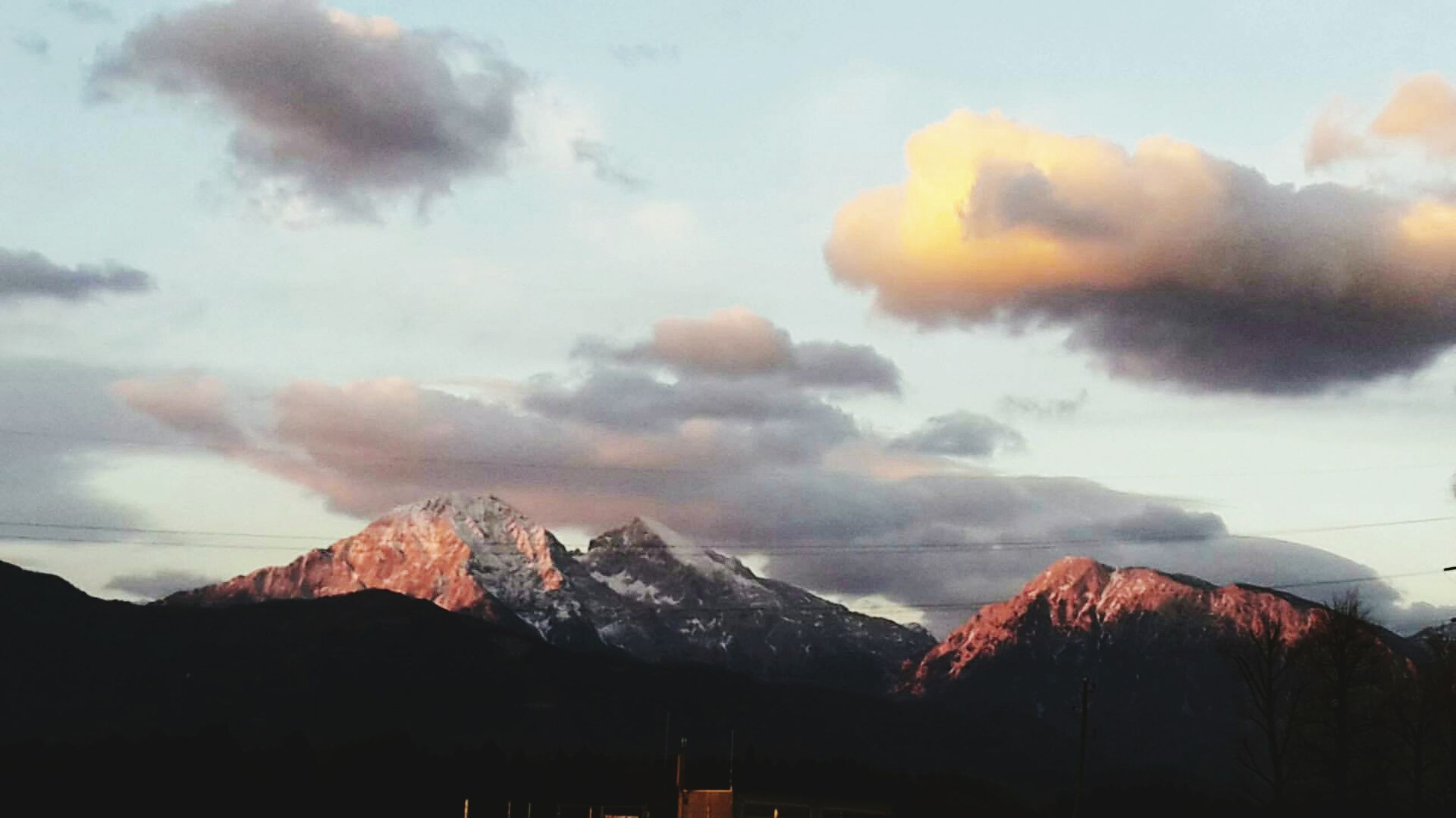 mountain, mountain range, sky, nature, cloud - sky, no people, scenics, beauty in nature, tranquil scene, tranquility, outdoors, snow, landscape, peak, day, range