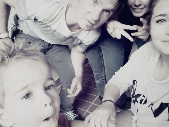 RePicture Family Love❤ Selfie Hi!