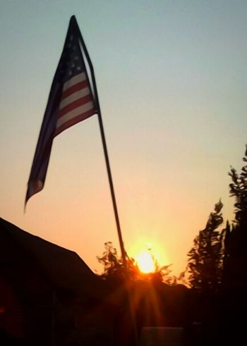 Flag Silhouette Close-up Outdoors Essence Of Summer. United We Stand American Might! Anerican Flag Old Glory United States Of America The Sleeping Giant Getty Images Showcase August 2017 Summer Views Getty & Eyeem EyeEm Best Shots Hazy Sunrise Oregon Sunrise The Great Outdoors - 2017 EyeEm Awards Femalephotographerofthemonth Illuminated Sunlight Lens Flare Back Lit God Bless America The Graphic City