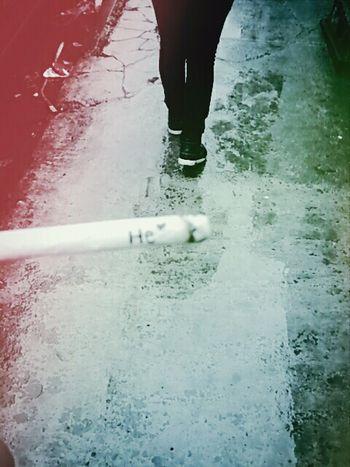 He ? Fumando... ?
