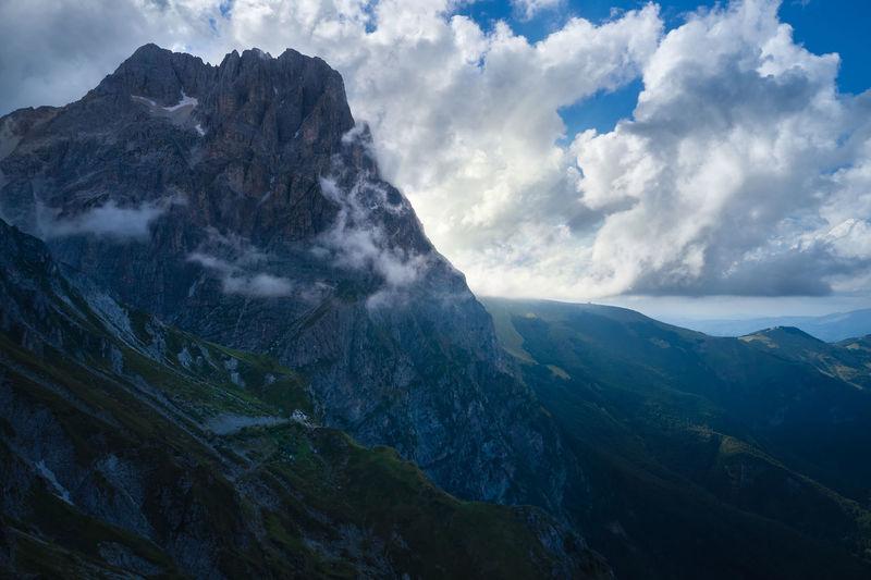 Great horn of the mountain complex of the gran sasso d'italia abruzzo