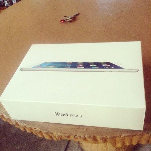 Mom's new iPad mini :) Umaipad Bagets