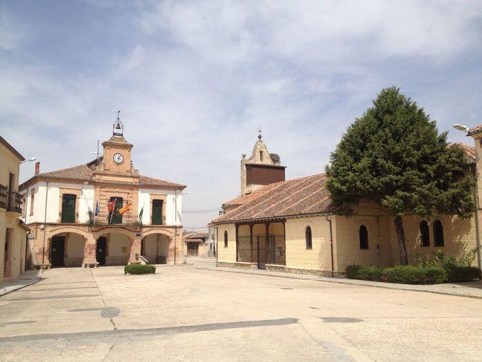 Plaza. Navalilla. Segovia. Spain. Square Plaza