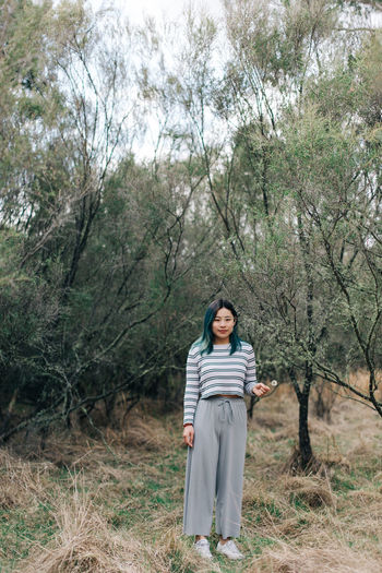 Tree Plant One Person Young Adult Full Length Front View Standing Land Day Nature Smiling Young Women Looking At Camera Women Adult Leisure Activity Casual Clothing Lifestyles Portrait Beautiful Woman Outdoors Hairstyle People The Traveler - 2019 EyeEm Awards