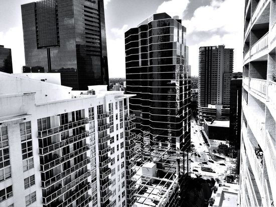 Buildings Urban Photography Black And White Black & White Black&white Blackandwhite Monochrome _ Collection Monochrome Miami FL Usa 🇺🇸☀️ Buildings & Sky Black And White Photography Monochromatic Monochrome Photography
