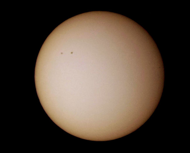 Astronomy Black Background Circle Close-up Copy Space Cut Out Dark Darkroom Illuminated Lighting Equipment Low Angle View Night No People Shape Sphere Studio Shot Sun Sunspot 03.20.2016