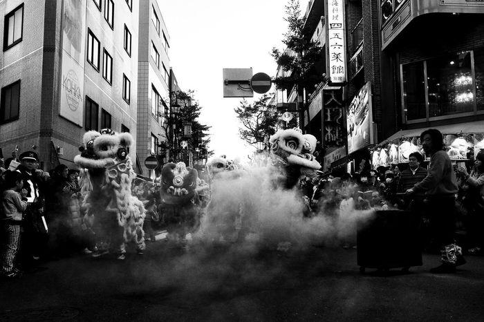 Yokohama, Japan, 2017 Chinese New Year Japan Light And Shadow Monochrome Real People Streetphotography The Street Photographer - 2017 EyeEm Awards Yokohama