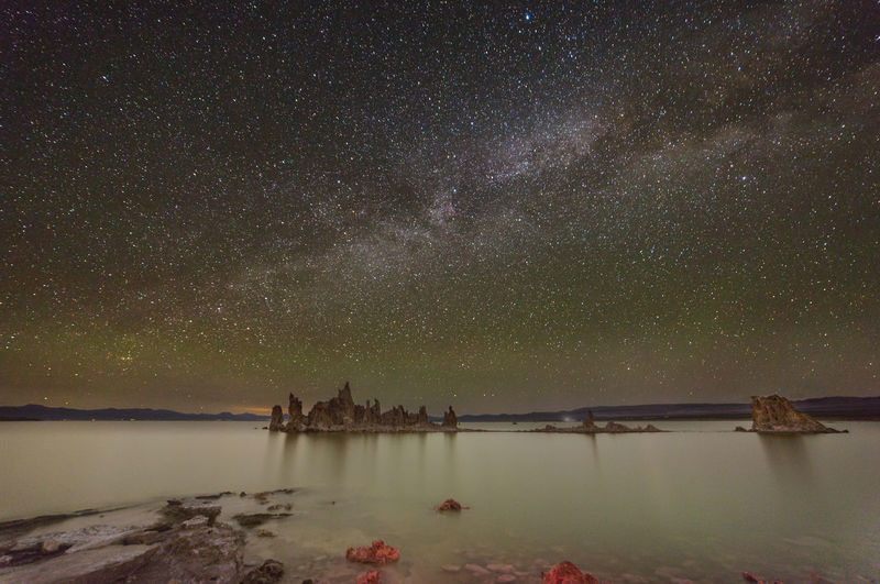 Milky way over mono lake at night