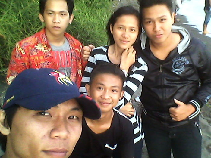 Me and friendz.:)