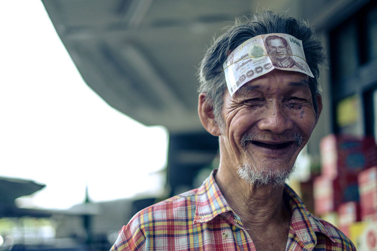 Cheerful Close-up Emotions Happiness Happy Happy People Headshot Mature Adult One Man Only Outdoors People Portrait Smiling Street Street Portrait Uniqueness The Portraitist - 2017 EyeEm Awards