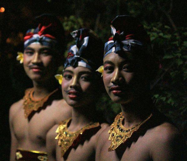 Dancers Traditional Culture Traditional Costume Traditional Dance Traditional Clothing Balinese Life Bali Art And Culture Balinese Dancer Eye4photography  Eyeemphotography EyeEm Best Edits Eyeem Photography Eyeem4photography EyeEm Indonesia EyeEmIndonesiaKu EyeEm Gallery EyeEm Best Pics EyeEm Best Shots Travelensa