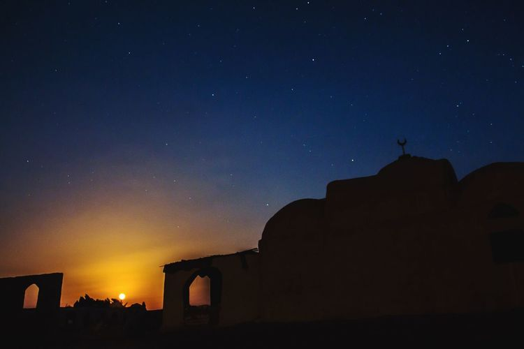 Sky Night Building Exterior Star - Space Built Structure Astronomy Architecture Travel Destinations No People Beauty In Nature Nature City Wide Angle Long Exposure Dark Egypt Photooftheday Nature Photography Beauty In Nature Outdoors