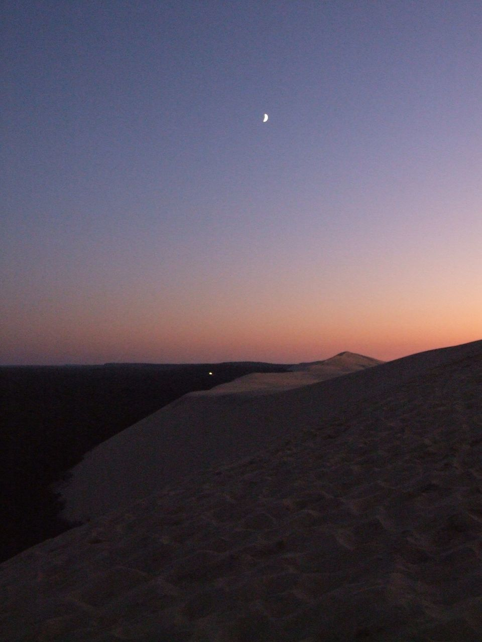 moon, nature, scenics, beauty in nature, tranquil scene, tranquility, landscape, clear sky, sky, night, dusk, sunset, outdoors, sand, astronomy, no people, desert, sand dune, space, crescent, sea, half moon, water