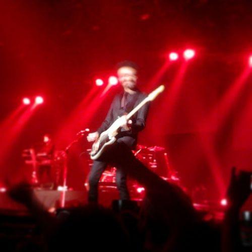 Skip The Use Skiptheuse Live Zénith  LaVilette 10/10/2014 bass bassist rock show solo rocknroll Fender crowd concert Paris 2014 followme follow4follow follow