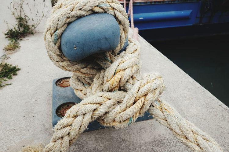 Cord Marine Knot Ship Dock Tied Port Node Of The Sailors Mooring And Anchorage Mooring Node Bollard Bollard Rope Nautical Vessel Water Moored Harbor Rope Close-up Pier Boat