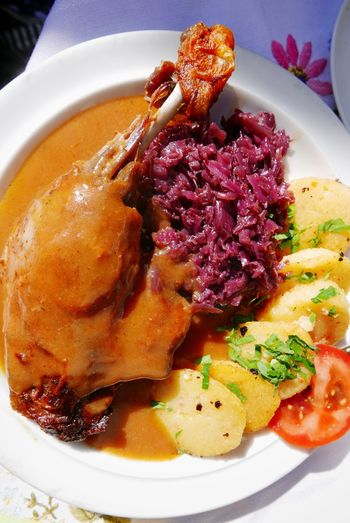 Duck with red cabbage and potato Entenkeule mit Kartoffeln und Rotkohl Food Germany German Food Duck Traditional Tradition Potato Redcabbage