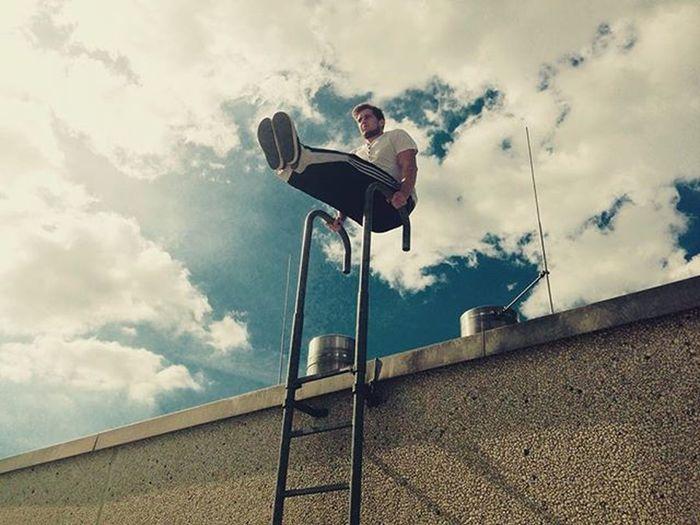 Ahtletic Lsit Nopainnogain Outdoorworkout Overtherooftops Fitnesslifestyle  Fitinspiration Skyporn Trainhardorgohome Men Justdoit✔️