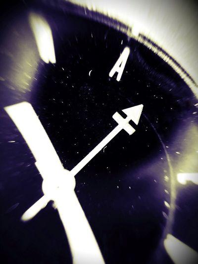 Stars Universe Universe In Action Reloj Relax Carpe Diem Tempus Fugit Inspirations No Time Blackandwhite Wacth Time Communication Indoors  Road Transportation