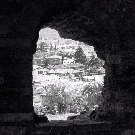 Castello Scaligero - Valeggio sul Mincio (VR). Castello Veneto Italia Biancoenero Blackandwhite Bnw Bnw_collection Bnw_captures Bnwphotography