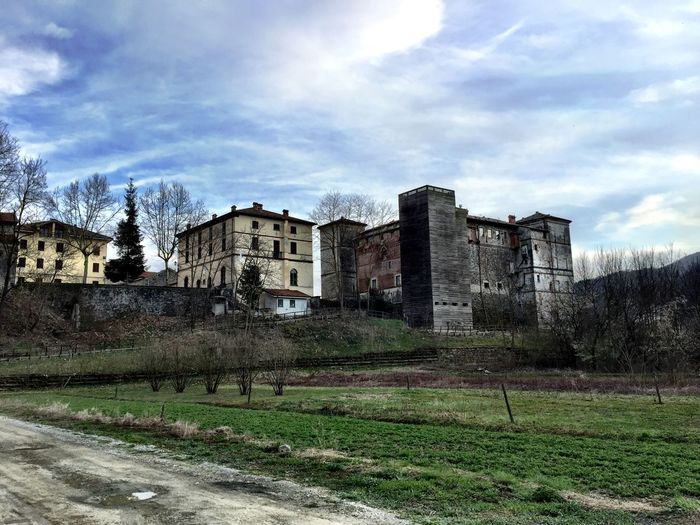 Castle Cuneo Valli Cuneesi Taking Photos
