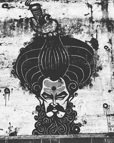 Can't we all just get a bong..!!!😂😂 Dum maaro dum..!! 😆😆😆 Indiapictures Indiagram Graffiti Streetart Soi Soi_india Soi Ghat Ganges River Varanasi Kashi Benares Bong Ganja Marijuana Art Sketch _soi