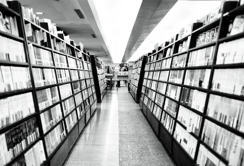 Heaven. Hanging Out Taking Photos Check This Out Hello World Books Bookstore Bookshelf Booklover Bookstagram Book Store Blackandwhite Black And White Black & White Black&white Everything In Its Place Q is for quiet. Showcase March Open Edit EyeEm Best Shots EyeEm Gallery Indoor Photography Learn & Shoot: Balancing Elements Interior Views City Life First Eyeem Photo