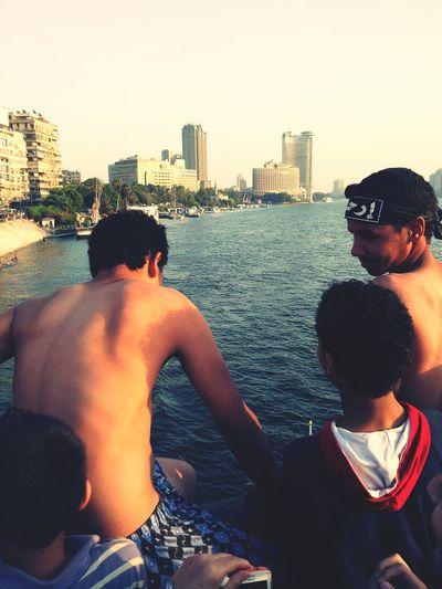 اثناء مسيره قصر النيل يوم 30