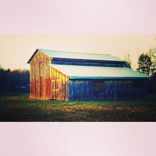 Barnporn Barns Rural Scenes Rural America On The Farm Countryside In The Country Peaceful Scene Morning Light Autumn🍁🍁🍁