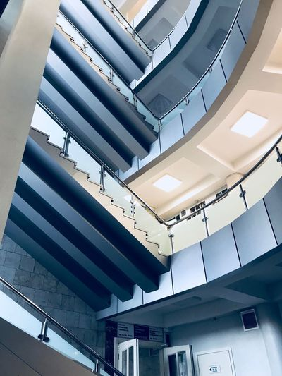 Перфекционизм Architecture Indoors  Built Structure Ceiling Modern Steps And Staircases Staircase Low Angle View Office No People Day