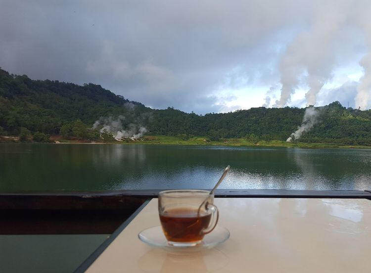A cup of tea by the lake ☕ Water Drink A Cup Of Tea Reflection Lake Food And Drink Outdoors Oneofthosedays Photooftheday Picture Of The Day Mobile Photo Tadaa Community From My Point Of View Lakefront Lakeview