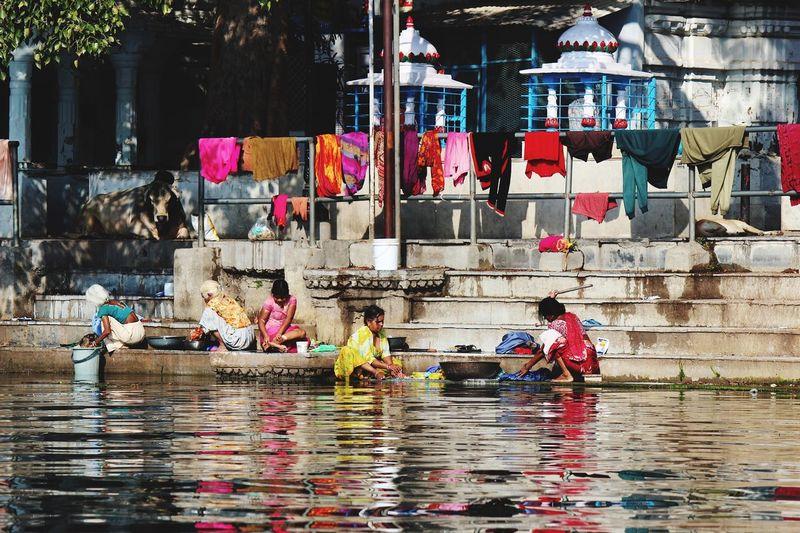 The Traveler - 2015 EyeEm Awards Udaipur India Washing Colors People Taking Photos Traveling Rajasthan Water Reflections