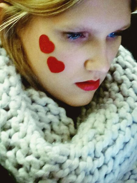 Passenger Heart White & Red Girl