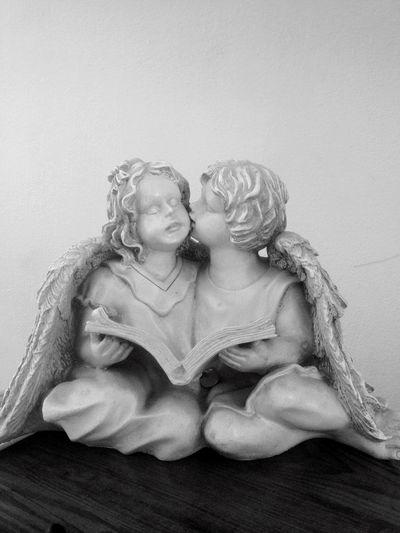 Angels Blsckandwhite