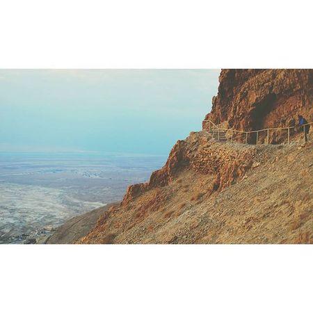 Hiked 2 miles in 20 minutes 😧 Worthit Meetthemoment Masada Deadsea Sunrise
