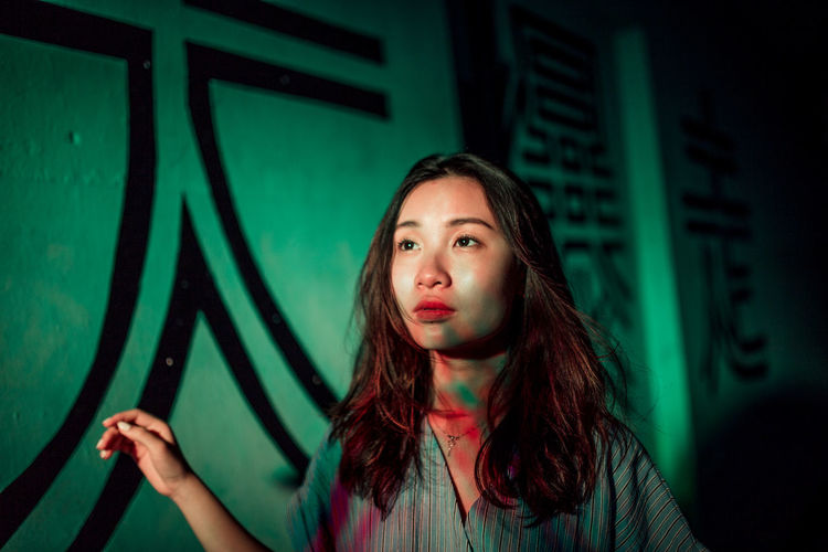 Retro Portrait Of A Woman Portrait Photography Neon Neon Lights Neon Color Light Light And Shadow Lighting Equipment Colors Fine Art Photography Portrait Headshot Long Hair Curly Hair Close-up Green Color Neon Colored HUAWEI Photo Award: After Dark