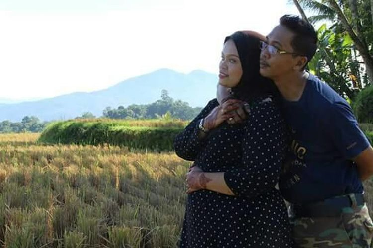 Two People Togetherness Love Standing Happiness Couples In Love Muslim Couple