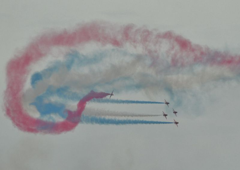 The red arrows air display team Aircraft Red Arrows Air Display Royal Air Force Display Team Vapor Trails The Great Outdoors - 2017 EyeEm Awards